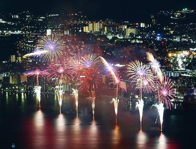 琵琶湖花火大会-比叡山ドライブウエイ夢見が丘の駐車場