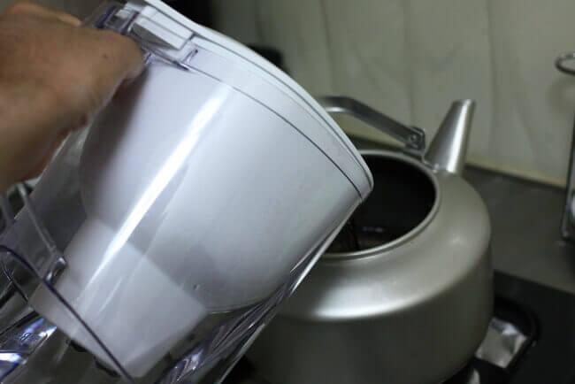 麦茶は水出しで作ると菌が繁殖する?